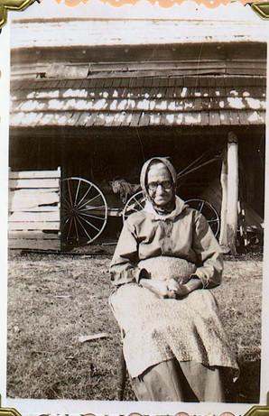 Minerva, wife of Farmer Isaac Hawn.jpg