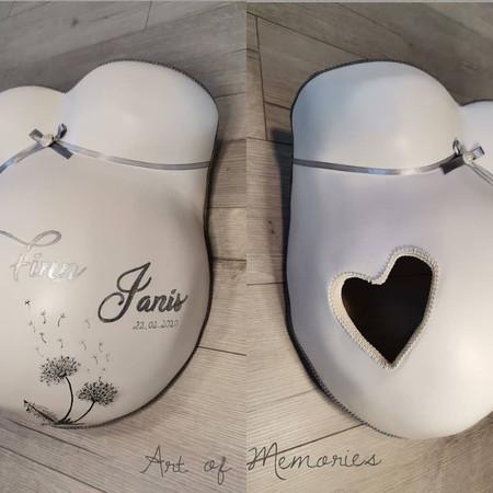Schlichtes Design Pusteblume Herzauschnitt
