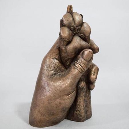 Hand- und Pfotenabdruck im Bronze Look
