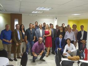PRIMEIRA PARTE DA REUNIÃO COM OS PROFISSIONAIS DE BUSINESS PLAN