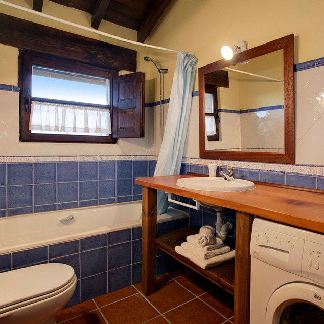 Casa-rural-Llanes-bano-2.jpg