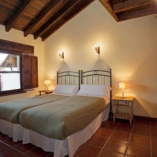Casa-rural-Llanes-dormitorio-8-1.jpg