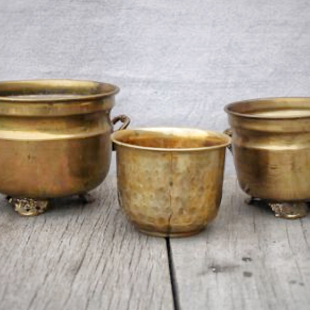 ASSORTED BRASS COMPOTES