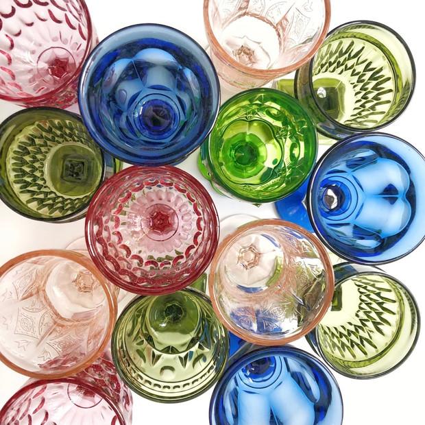 ASSORTED VINTAGE DEPRESSION GLASS GOBLETS