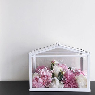 WHITE TERRARIUM CARD BOX