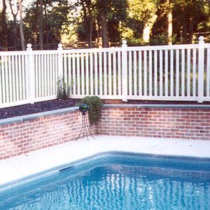 4 ft. Vinyl Swimming Pool Fence
