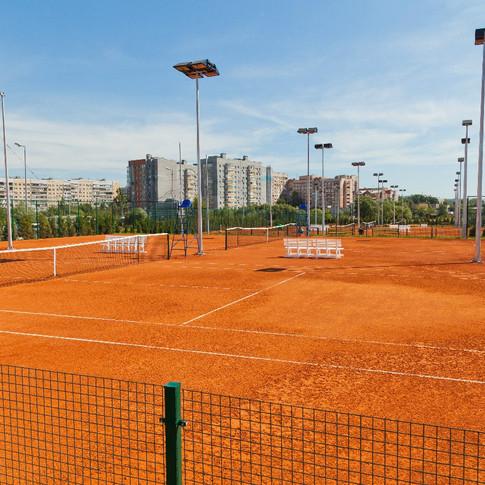 Открытые корты Академии тенниса Озерова