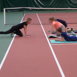 Групповая тренировка по ОФП в Академии тенниса