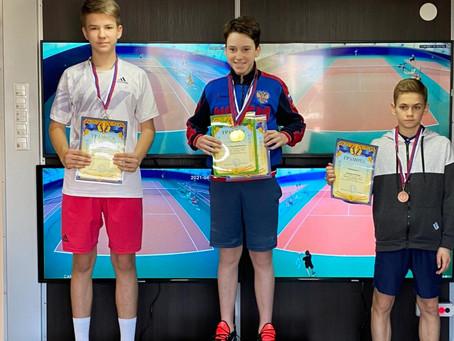 Поздравляем теннисистов с успешным турниром в Донском!