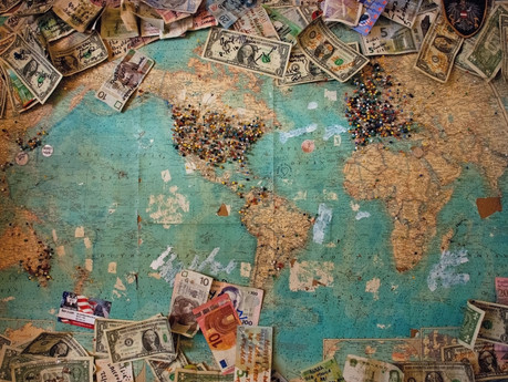 A WORLD DYING OF MONEY – Beware of political and economic tantrums!