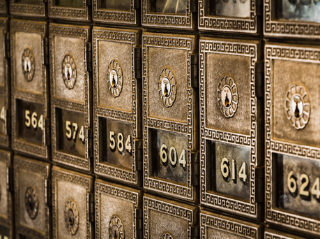 Safe Deposit Boxes: Understanding the Risks