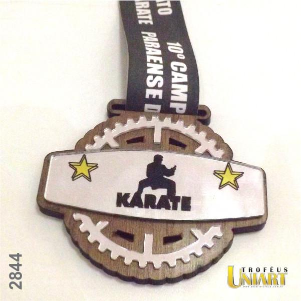 Medalha camada dupla: MDF Encapado e aplicação de acrílico espelho, fita personalizada