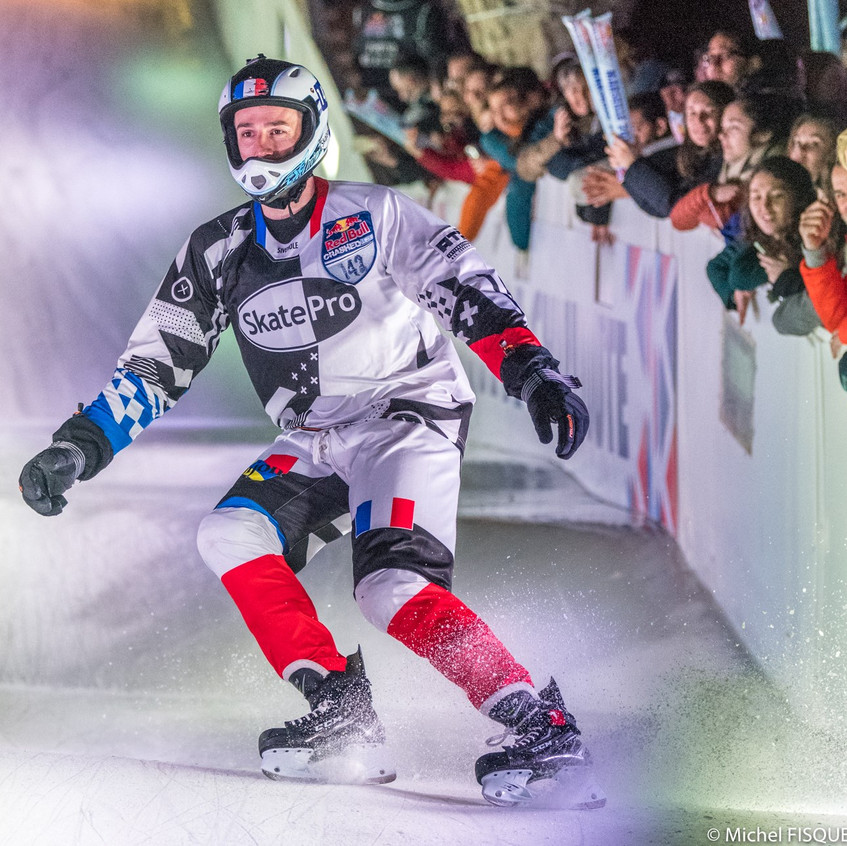 redbull-crashed-ice-Marseille-Forian-Petitcollin-7-AMSports-Michel FISQUET-Teamphoto