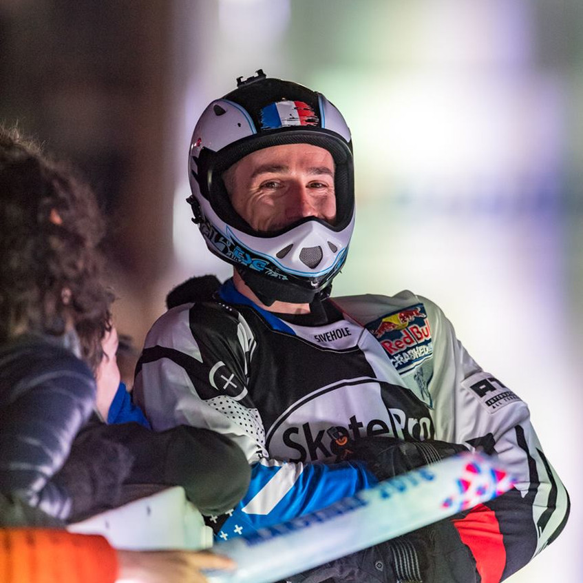 redbull-crashed-ice-Marseille-Forian-Petitcollin-4-AMSports-Michel FISQUET-Teamphoto