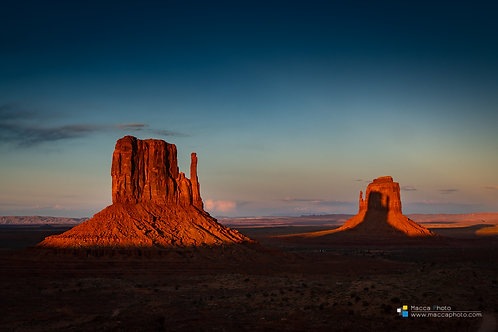 Utah - Monument Valley - East Mitten