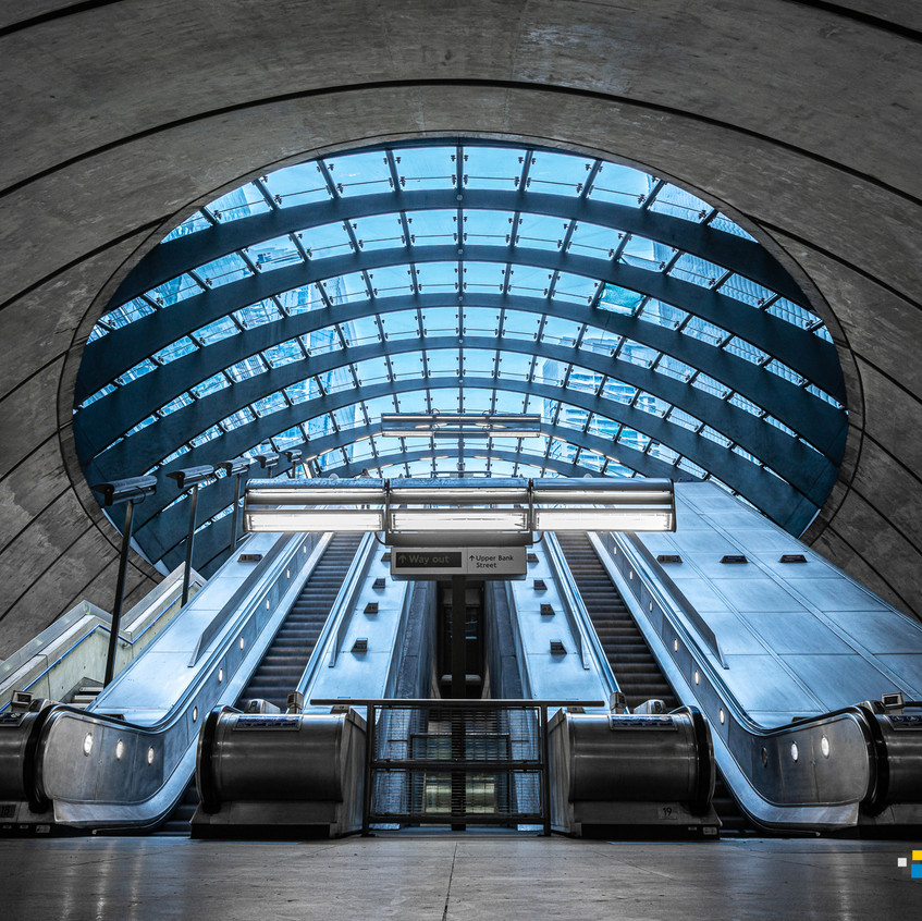 LONDON - CANARY WHARF STATION-010