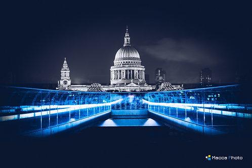 London - St Pauls - Colour