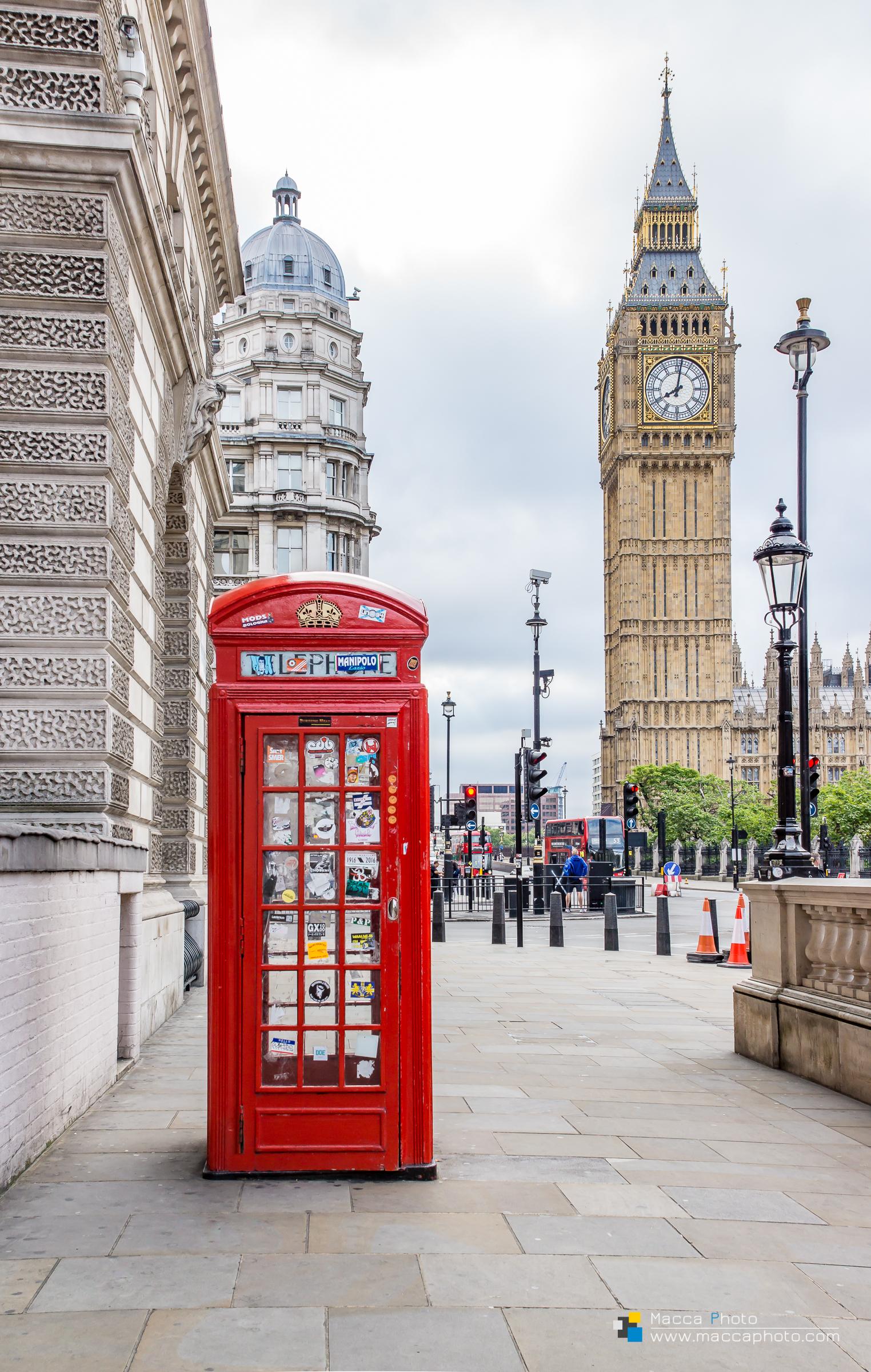 London - Telephone & Big Ben colour
