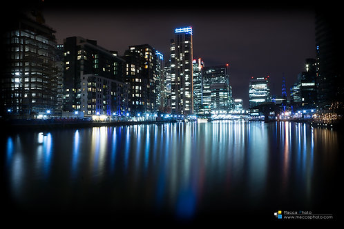 London - Canary Wharf - Reflection 02