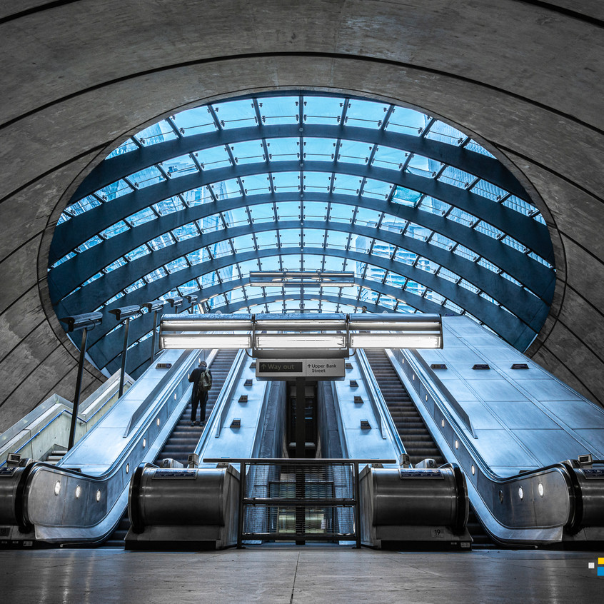 LONDON - CANARY WHARF STATION-009