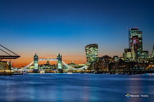 London - Cityscape Sunset
