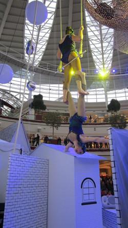 single-bar trapeze vintage circus