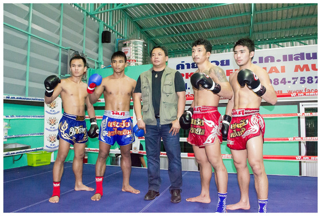 PK Saenchai gym wins the coveted Lumpinee stadium gym of the year award for 2016