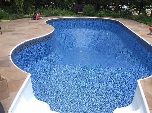 Sparkle Pool MN Testimonial Pic.jpg