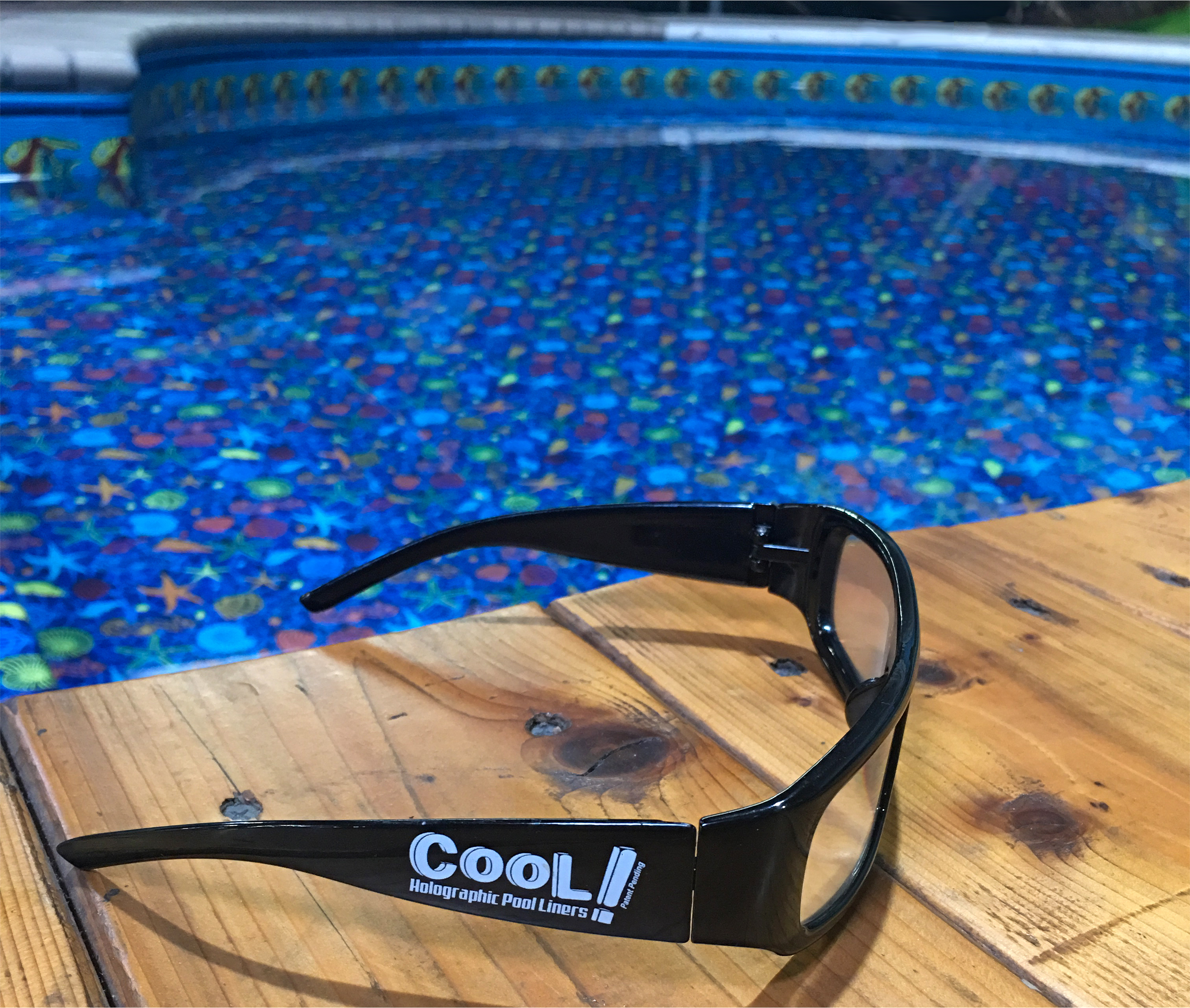 COOL! Glasses with Pool
