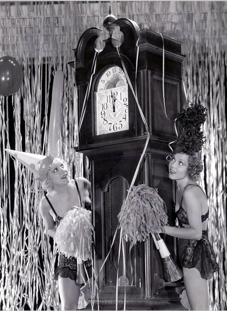 Thelma-White-and-Dorothy-Lee-early-1930s.jpg