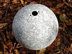 Brunnen grau-weiß