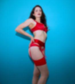 Quinn Livid- Curves
