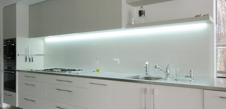 Vivid White-Kitchen.jpg