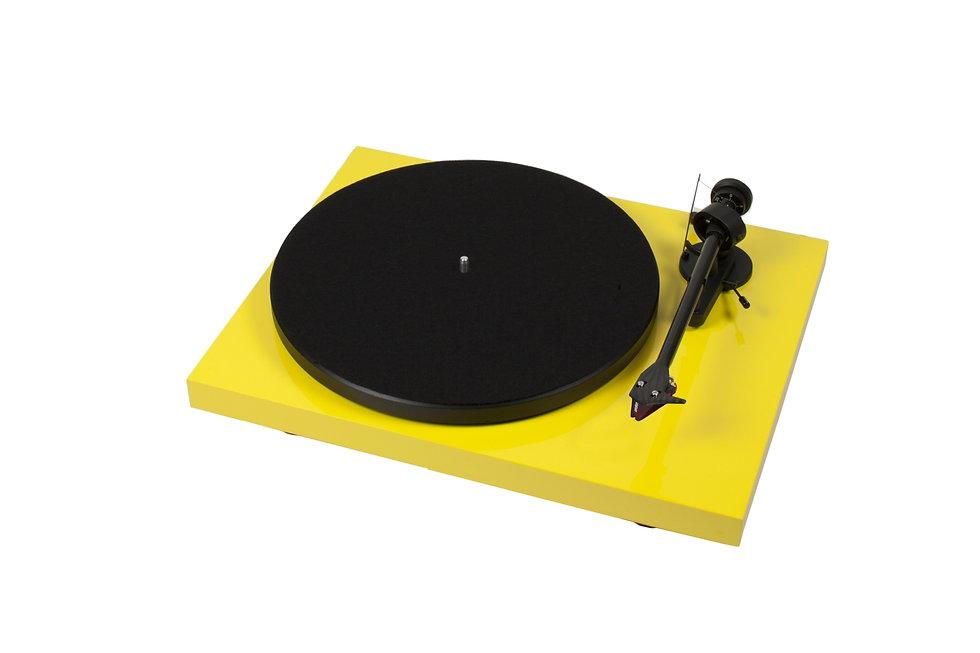 Pro-ject Audio Debut Carbon (DC)