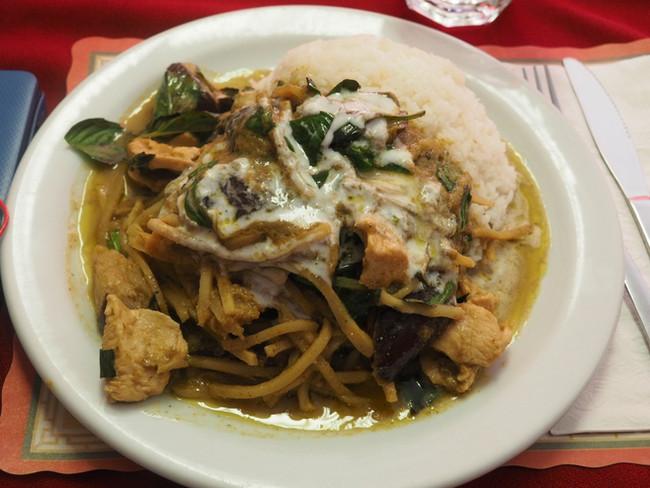 Thai Curries: Pat's Restaurant