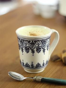 Goldene Milch, Kurkumamilch, Kurkuma Latte