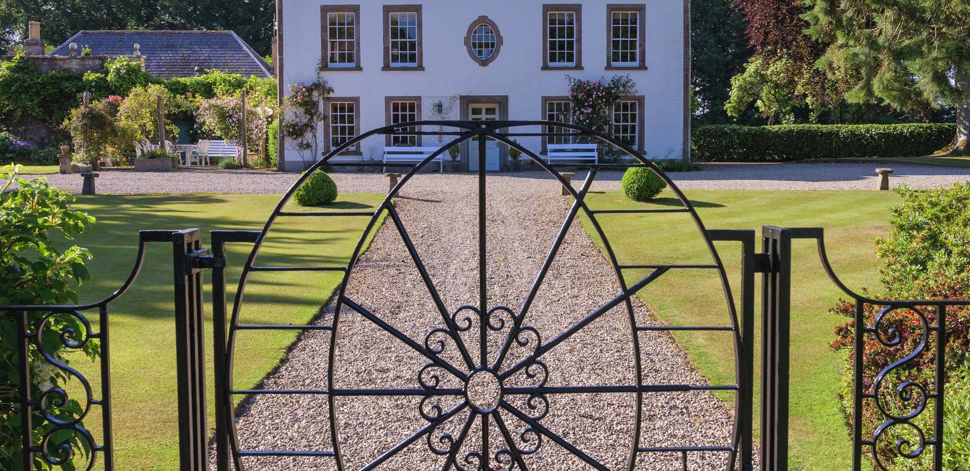 Newtonmill House Garden-74.jpg