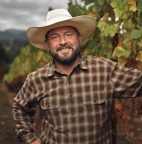 Cooper-Ridge-Vineyard-Winemaker-Charlie-