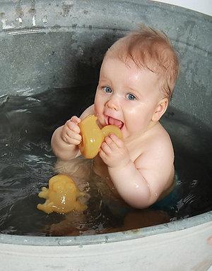 Hevea - Alfie - Natural Rubber Duck Bath Toy