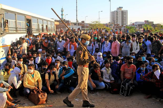 Migrants caught in India's lockdown