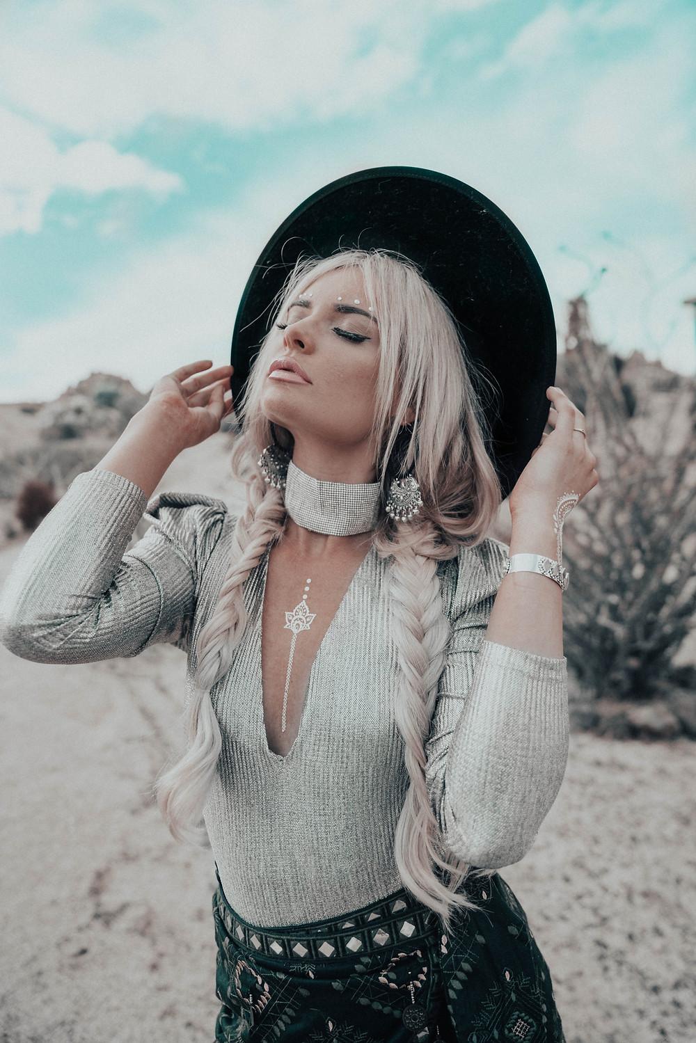 Bohemian outfit,What to wear to Coachella, Coachella blog fashion, coachella outfit, festival style, Coachella lineup, Coachella 2018, Coachella outfits