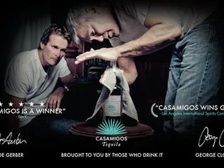 """George Clooney vendeu marca de tequila que fez """"por acidente"""" por US$ 1 bilhão"""
