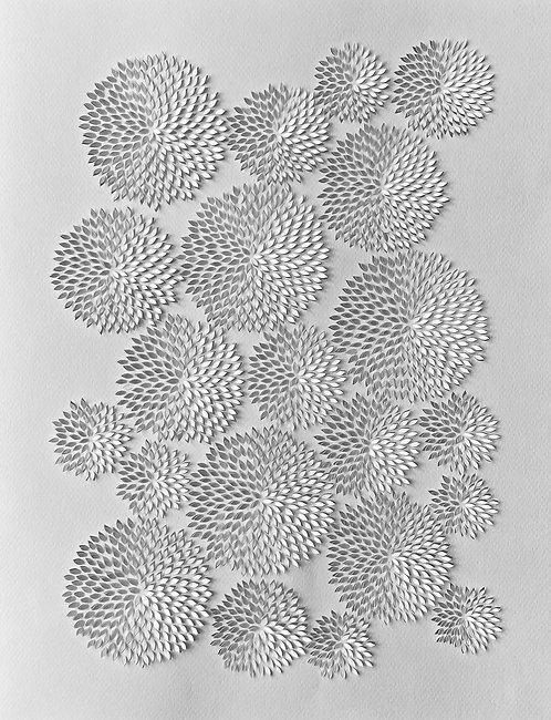 Papierobjekt 'chrysanthemum IV'