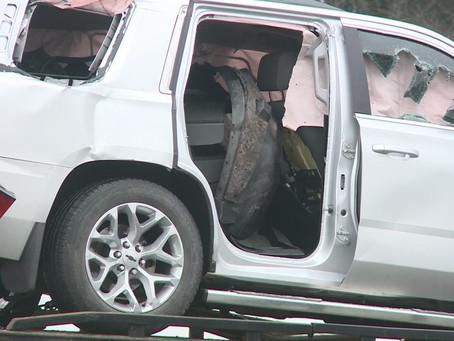 Police: 18-year-old dead after she was found shot at SE DC crash scene