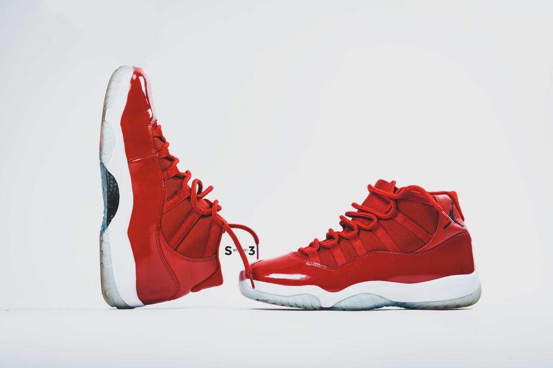 Jordan 11 Gym Red