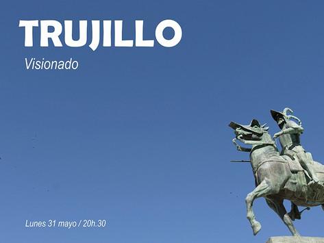 Visionado fotografías de Trujillo