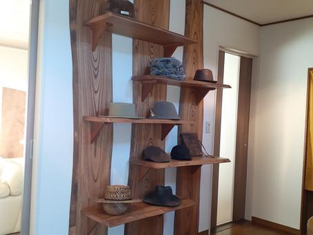 欅(けやき)飾り棚