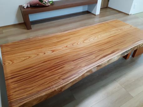 欅(けやき)の一枚板 座卓