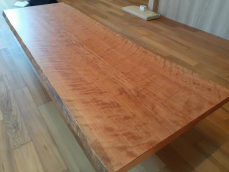 ブラックチェリー 一枚板座卓