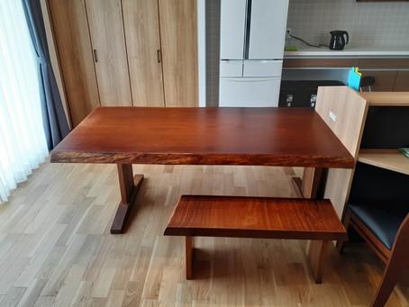 アフリカンチーク【アフロモシア】一枚板 ダイニングテーブル